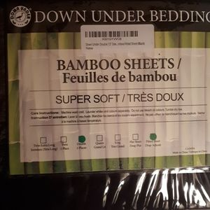 ****PRICE DROP**The best bedsheets ever! Bamboo!